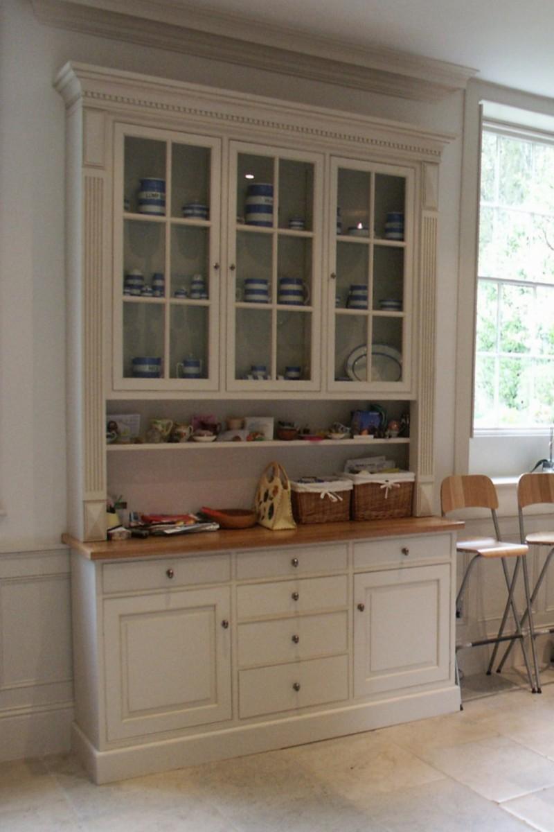 Cabinet-Dresser-Browel