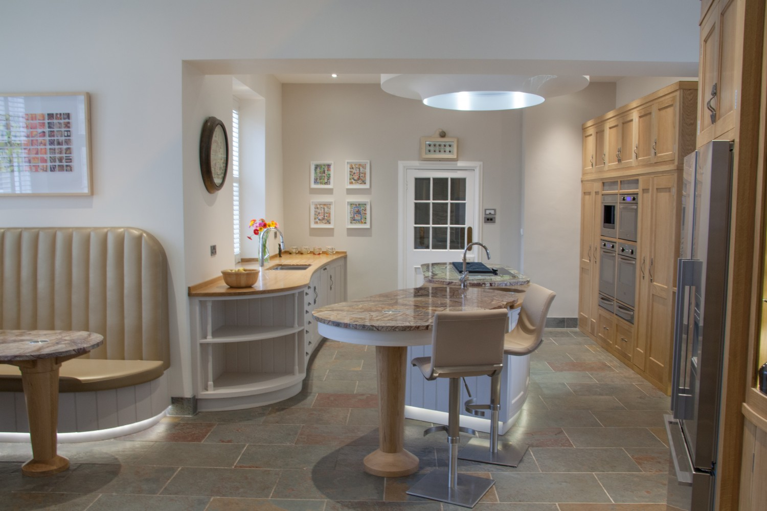Kitchen-Bradbury-from-stairs-to-hall