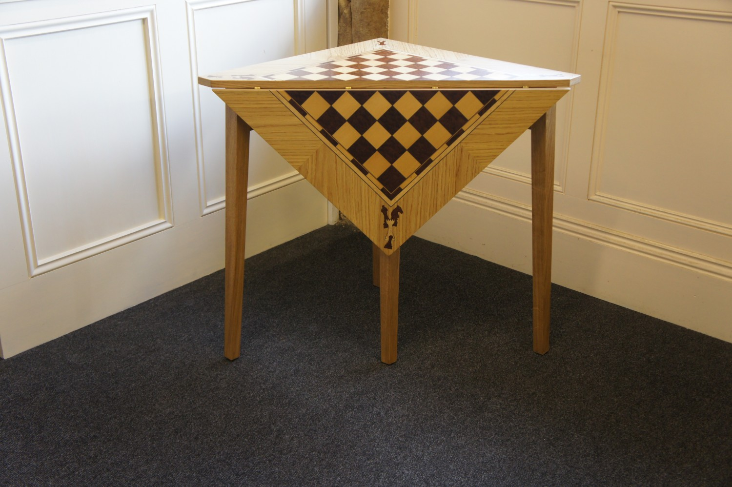 Table-Chess-Table-with-veneered-detail-1