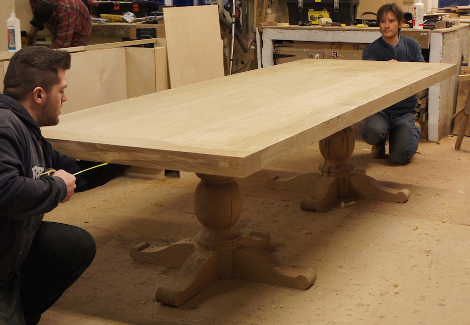 big-oak-table